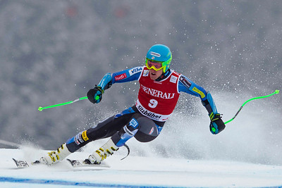 KITZBUHEL, AUSTRIA - JANUARY 25: Ted Ligety of the USA  races down the course whilst competing in the Audi FIS Alpine Ski World Cup SuperG on January 25, 2013 in Kitzbuhel, Austria, (Photo by Mitchell Gunn/ESPA) Image may be used for editorial use only.